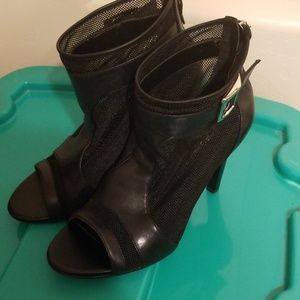 BCBGeneration, Trilby Mesh Booties, 7.5
